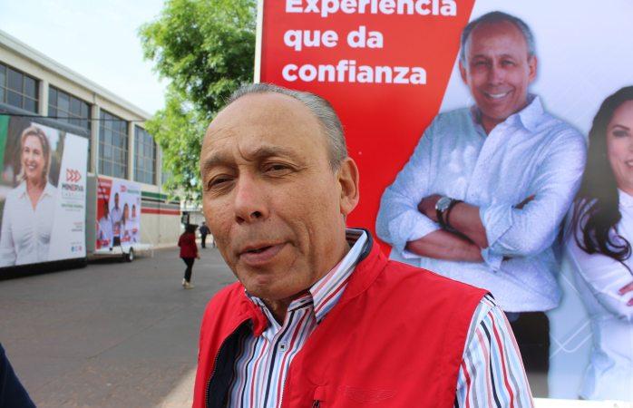 La sociedad te demanda empleo, bienestar y paz: Reyes Baeza