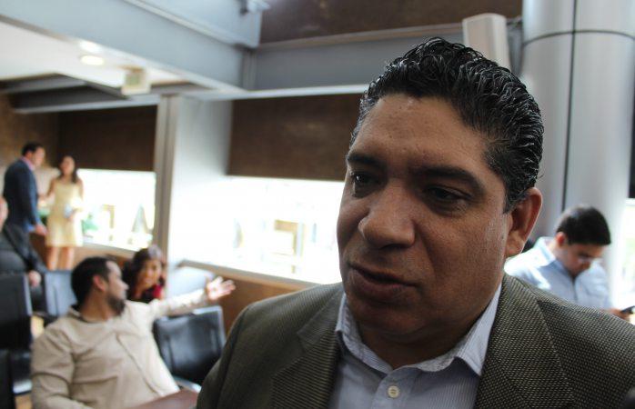 La manifestación y el plantón es permanente: René Frías
