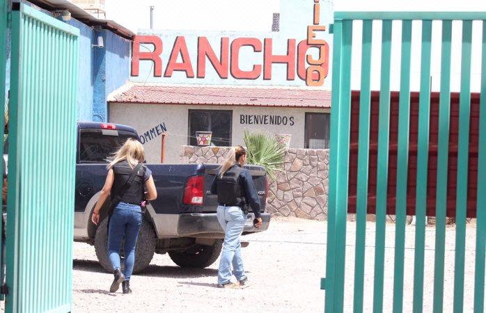 Revientan hotel Rancho Viejo en Villa Juárez; detienen una pareja