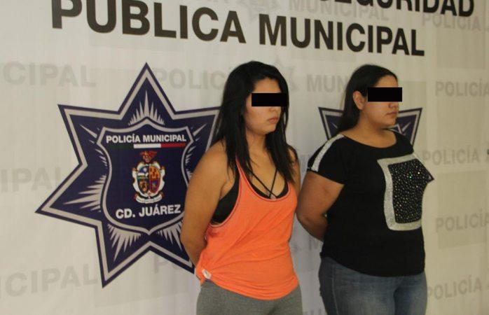 Tras discusión, policía les halla dos armas en Juárez