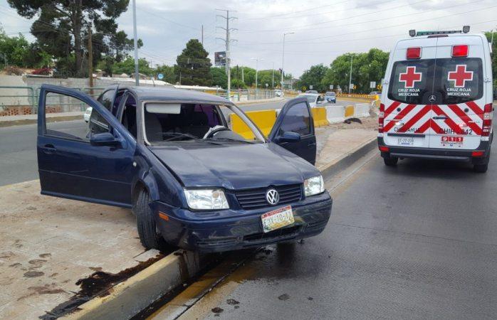 Quedan tres lesionados tras chocar con muro de Cantera