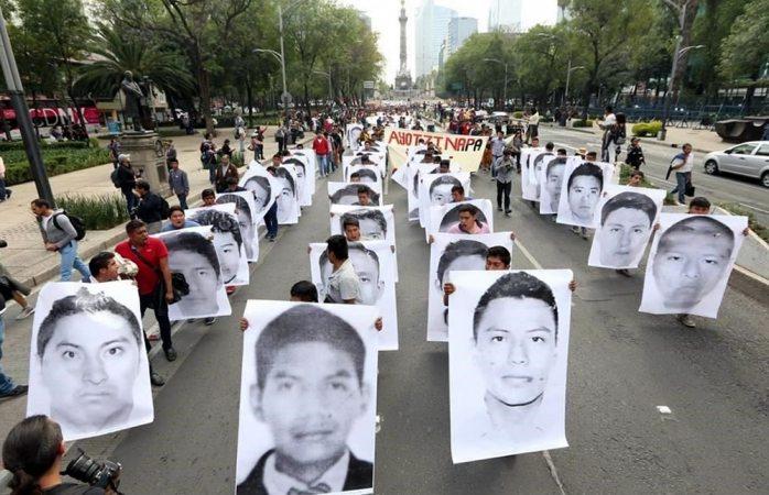 Marchan en Cdmx a 43 meses del caso Ayotzinapa