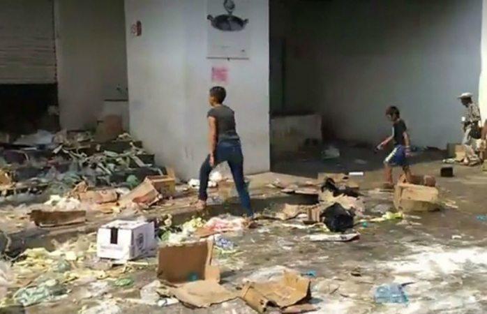 Saquean tiendas en Arcelia, Guerrero