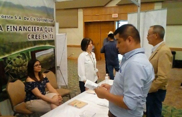 Reúnen a productores agropecuarios y financieras