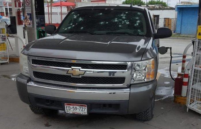 Ejecutan a uno con 30 tiros en gasolinera de Juárez
