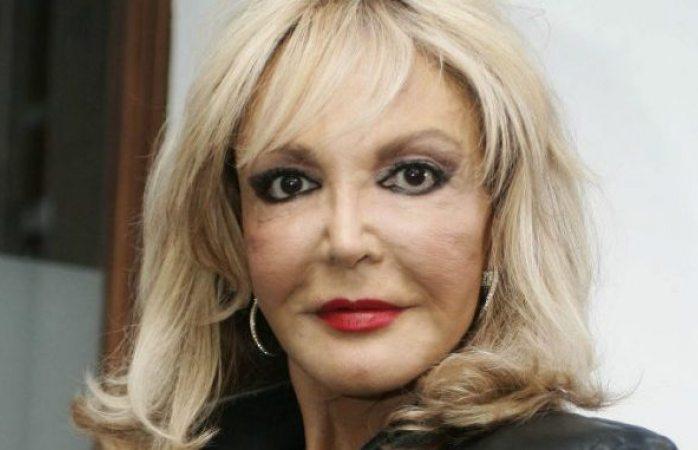 La actriz Merle Uribe denuncia a la policía su propio hijo