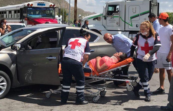 Deja fin de semana un muerto y 30 lesionados en percances viales