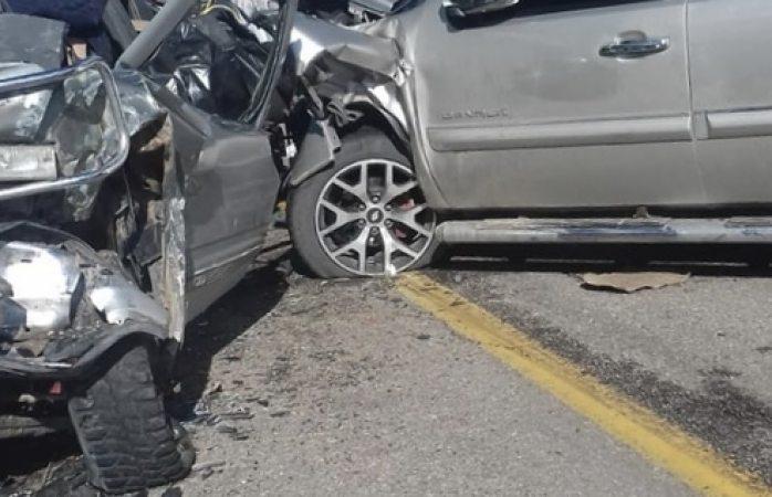 Choque cerca de Casita deja al menos 8 heridos