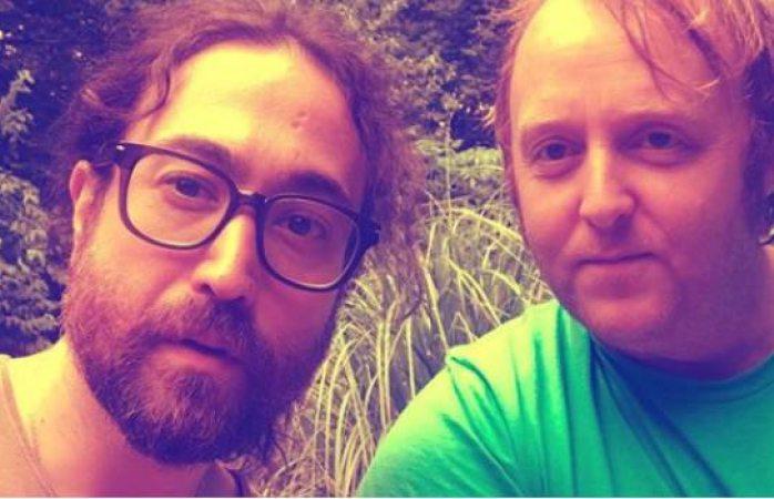 Épica selfie de los hijos de John Lennon y Paul McCartney