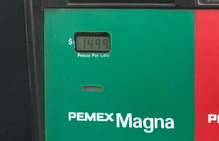 Sube gasolina en Juárez; casi llega a los 15 pesos