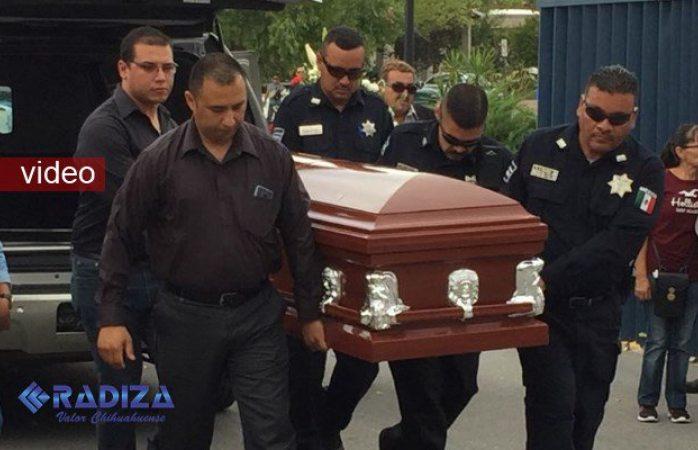 Dan último adiós al agente Armendáriz en Delicias