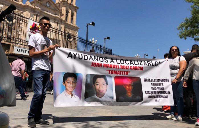 Protestan en la catedral por Tomatito