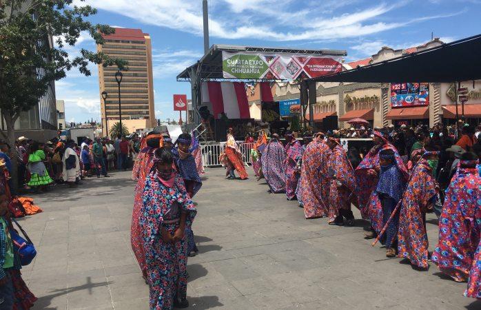 Hoy último día de la exposición de los pueblos indígenas en el centro