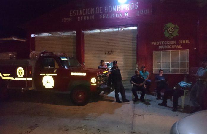 Cierra bomberos de Villa Ahumada servicio por falta de pago