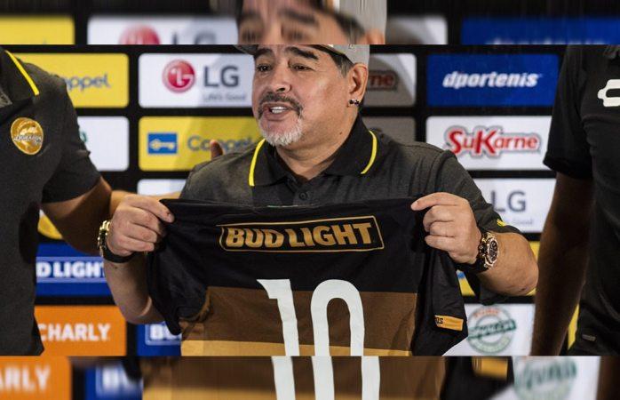 Se va Maradona del país; no se sabe si regresará