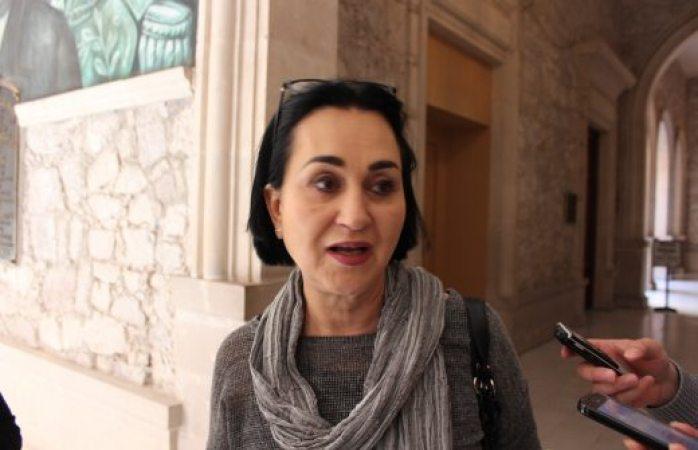 Brinda ichmujer asesoría jurídica a directora de profesiones