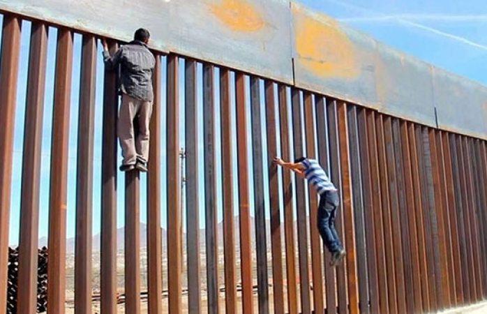 Proponen que inmigrantes paguen el muro de Trump