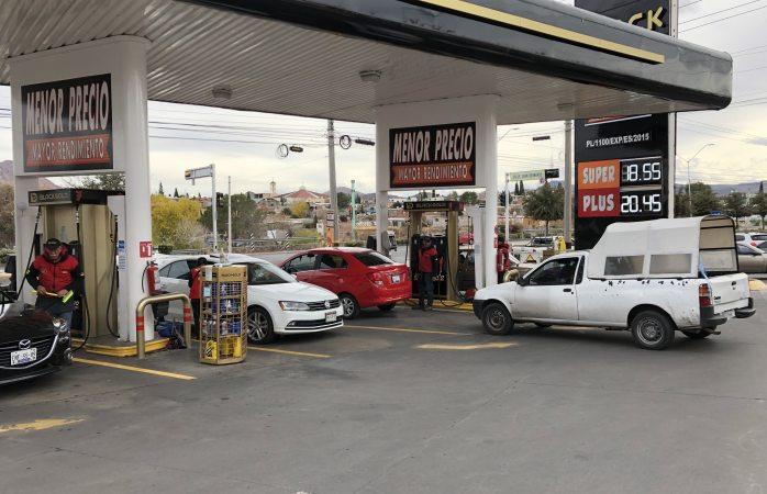 Baja Black Gold 10 centavos su precio de gasolina