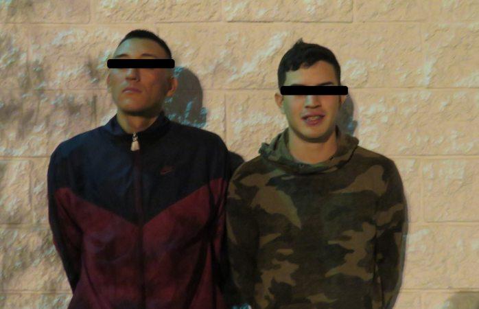 Tras persecución detienen a 2 defraudadores en Juárez