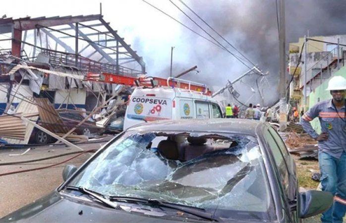 Van 5 muertos y 80 heridos por explosión en República Dominicana
