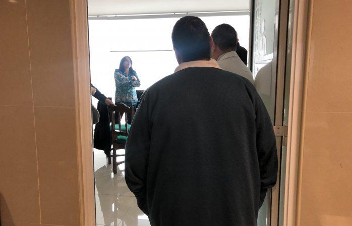 Denuncian ante director del infantil casos de abuso laboral