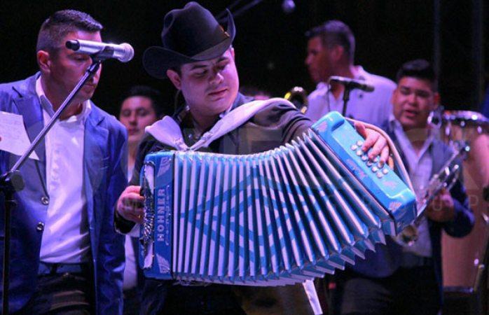 Alfredo Olivas resulta ileso de un nuevo atentado a balazos