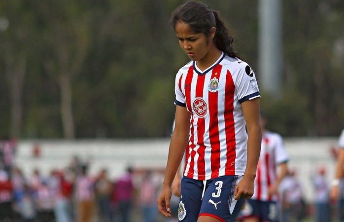 Chivas Femenil le quita el sueldo a jugadoras