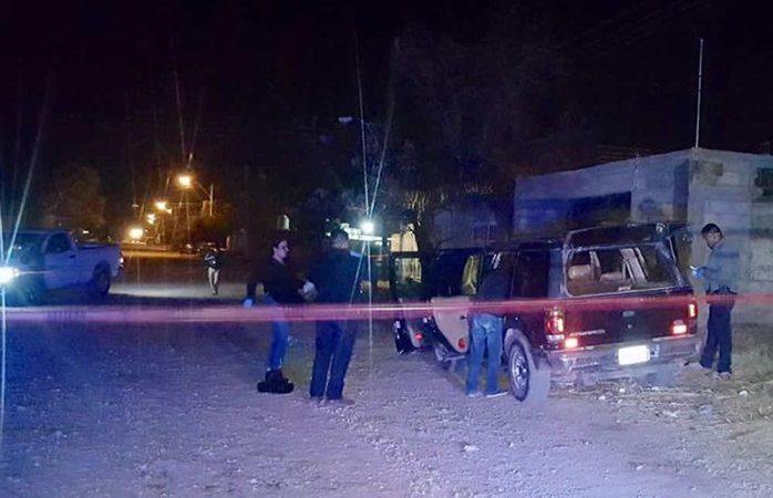Localizan camioneta abandonada de sicarios de la Villa Juárez