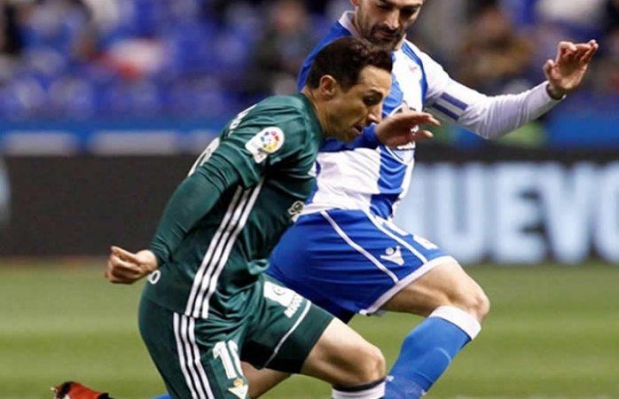 Valverde se lesionó en el debut de Seedorf como DT del Deportivo