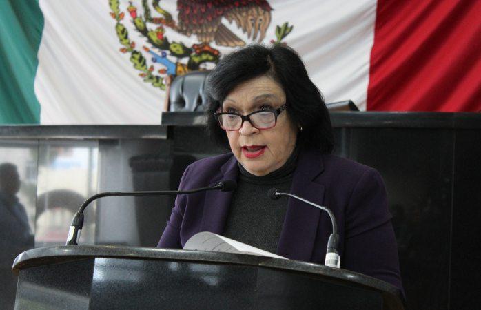 Acusa diputada que ha sido amenazada por consejero jurídico