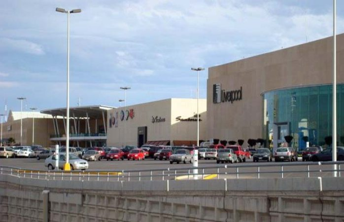 Multa Profeco a 4 tiendas en Fashion Mall