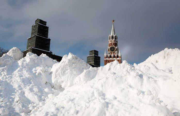 Acumula Moscú 70 cm de nieve, casi el doble del promedio mensual
