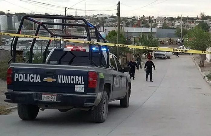 Dejan dos ejecutados en distintos puntos de Juárez