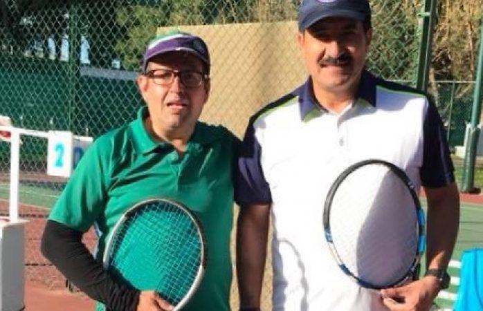 Cambia Corral el golf por el tenis