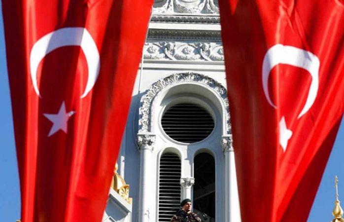 Pide Turquía a sus ciudadanos no viajar a Estados Unidos