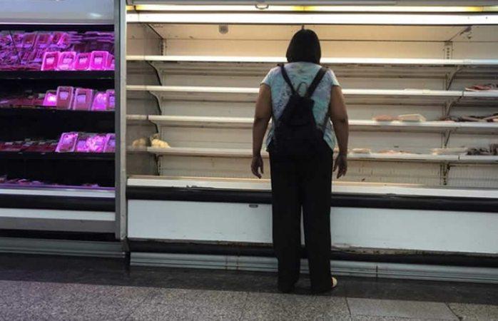 Dejan cuatro muertos y 16 heridos protestas por comida en Venezuela