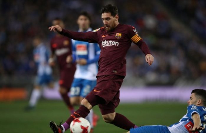 Falla penal Messi y pierde Barcelona