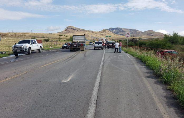 Muere uno en choque con autobús en entronque Palomas-Parral