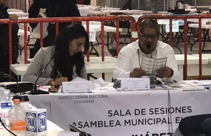 Asume periodista presidencia de asamblea electoral de Juárez