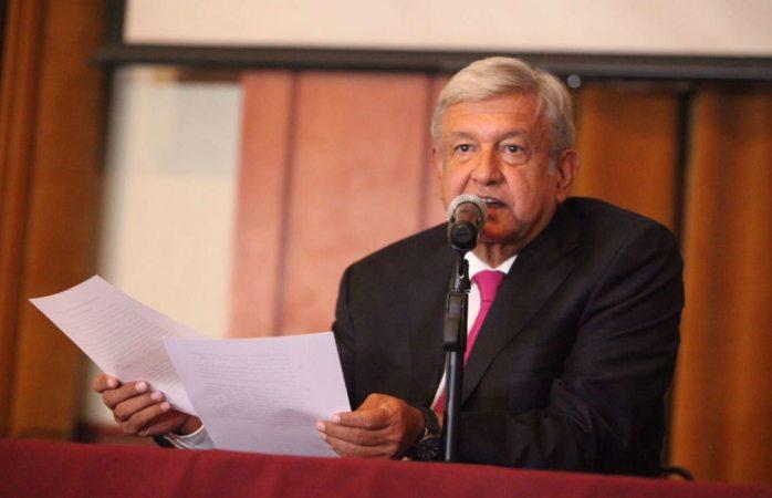 Amlo propone que corrupción, robo de combustibles y fraude electoral sean delitos graves