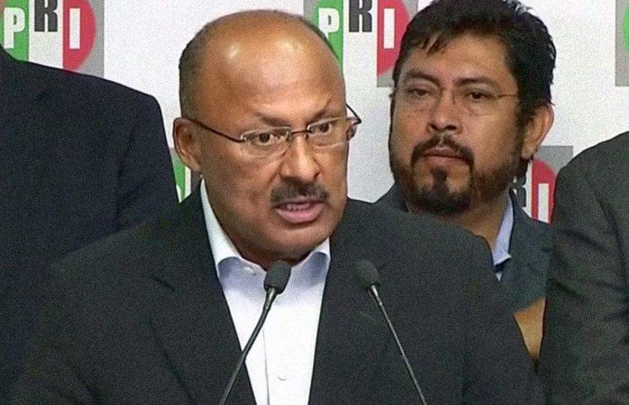 René Juárez renuncia a dirigencia nacional del PRI