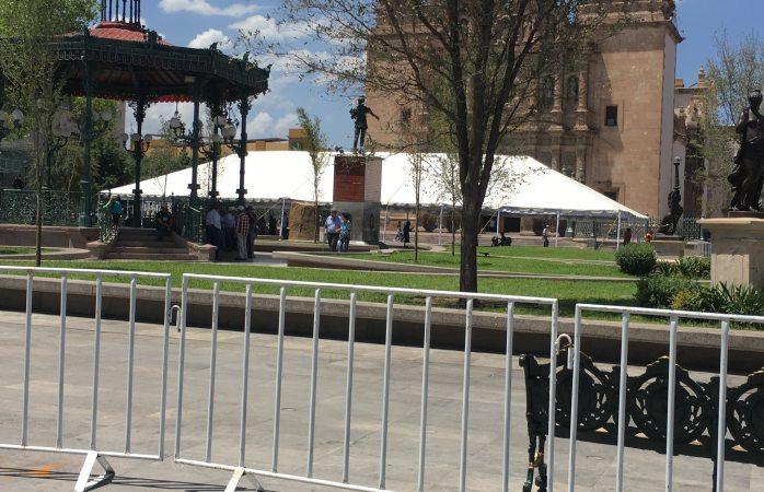 Preparan Plaza de Armas para Convención de Contadores