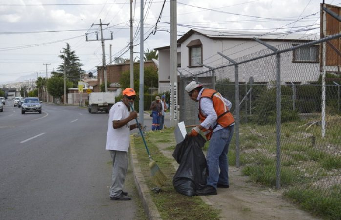 Exhortan a los chihuahuenses a limpiar el frente de su casa