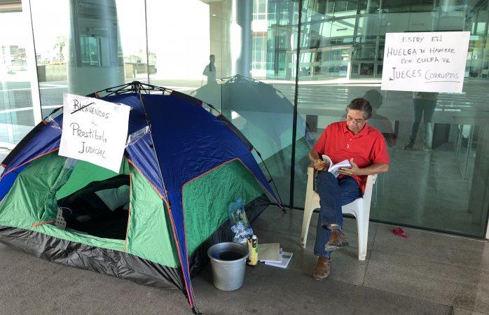 Amanece Gerardo Cortinas en TSJ en segundo día de huelga de hambre