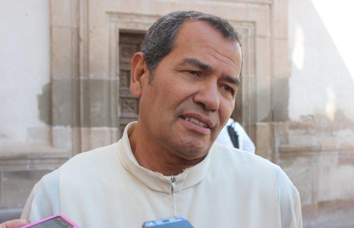 Cumple Negris 40 años de sacerdote