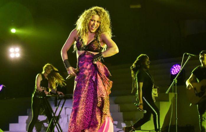 Shakira no supera el miedo de quedarse sin voz