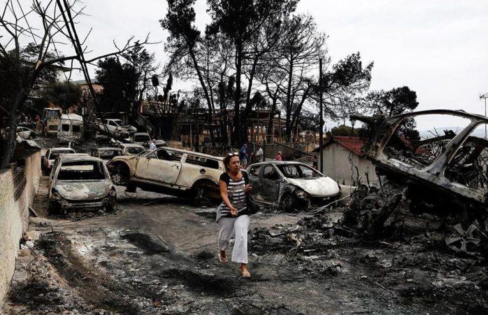 Hallan 26 personas carbonizadas en una casa elsiglocomve — Incendios en Grecia