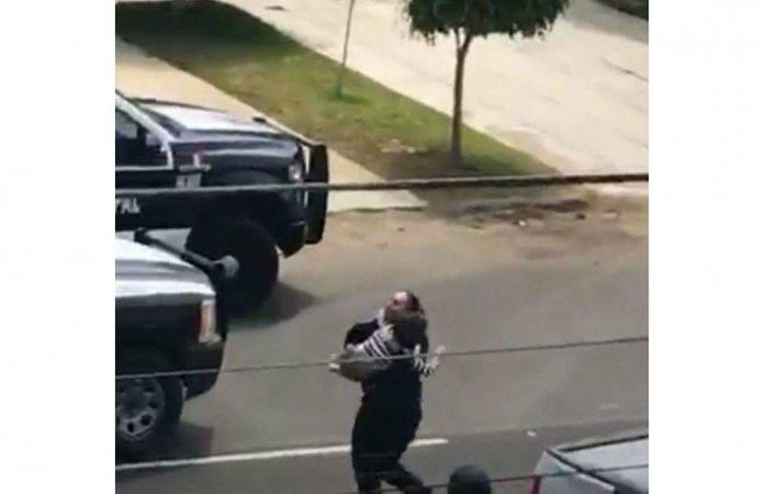Hallan bebé enterrado en casa de agresores del tiroteo de Tijuana