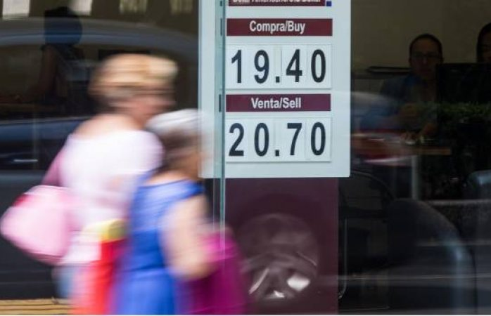 El dólar arranca la semana al alza y se vende en $20.70