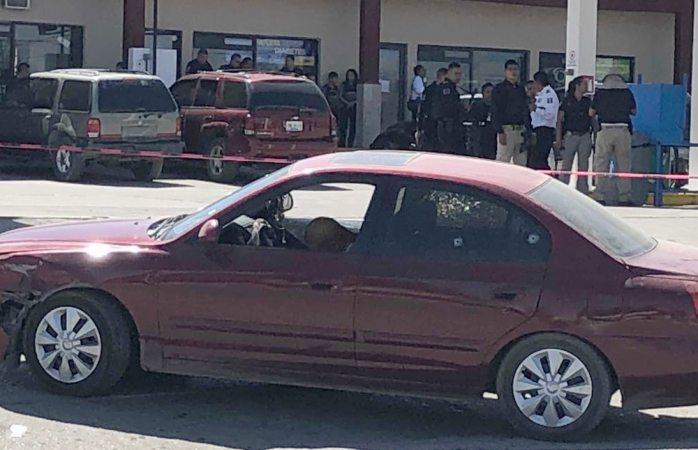 Sicarios ejecutan a hombre y hieren a mujer en Juárez